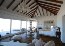 Casa sobre la playa en La Barra El Chorro. Punta For Sale 1283600