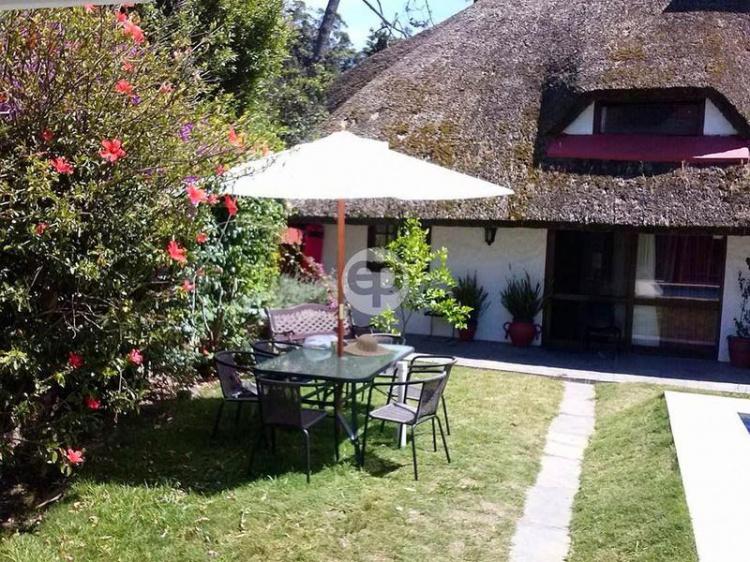 Quincho con piscina en Pinares. Punta For Sale 1282517