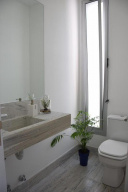 Casa moderna en Punta Del Este Beverly Hills. Punta For Sale 1505086