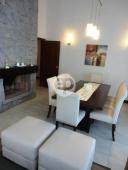 Casa con piscina en Punta Del Este Cantegril. Punta For Sale 1279669