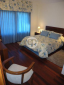 Casa con piscina en Punta Del Este Cantegril. Punta For Sale 1279677