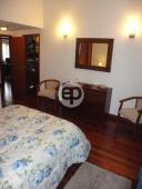 Casa con piscina en Punta Del Este Cantegril. Punta For Sale 1279681