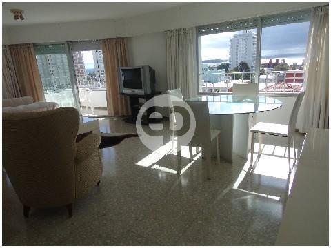 Piso alto en Punta Del Este Península. Punta For Sale 1294352