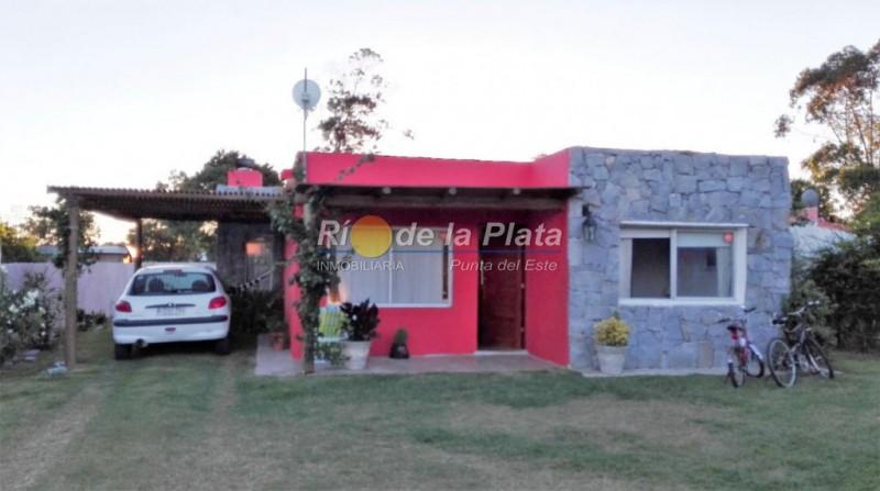 Casa en La Barra Balneario Buenos Aires. Punta For Sale 1159515