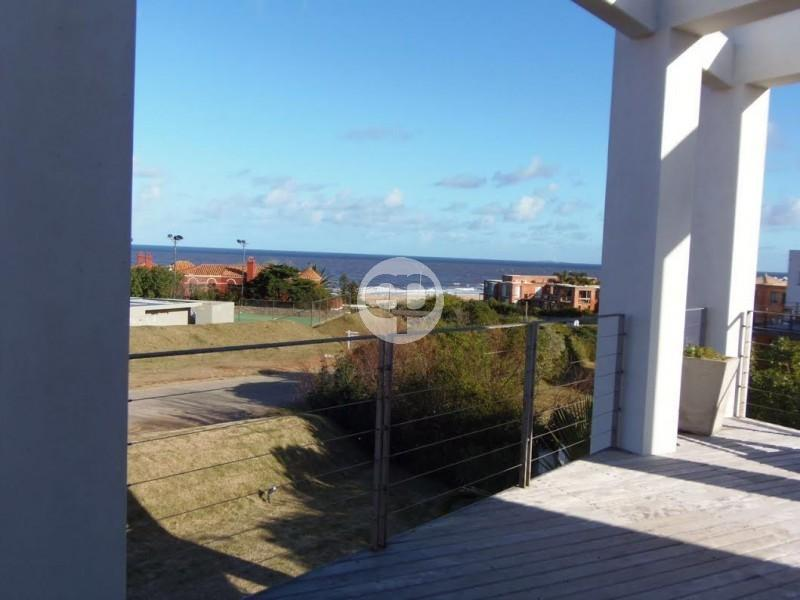 Casa en La Barra Montoya. Punta For Sale 1283603