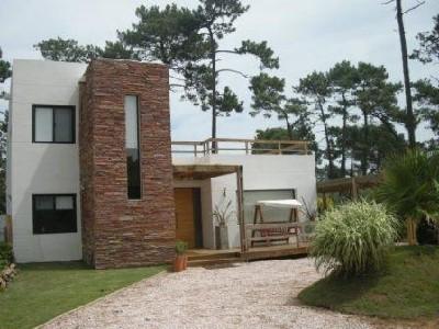 Casa en Maldonado Barrio Córdoba. Punta For Sale 335906