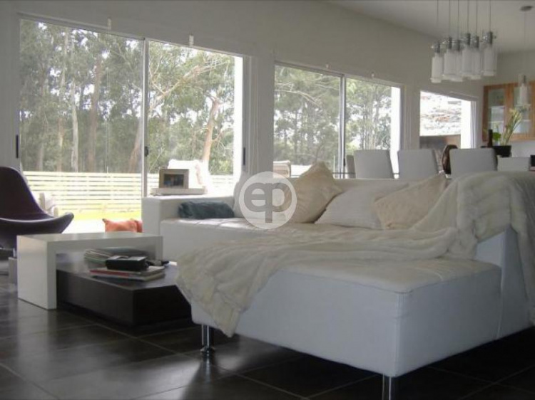 Casa en Pinares. Punta For Sale 1278996