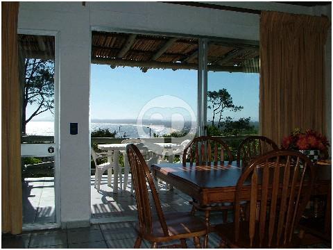 Casa en Punta Ballena. Punta For Sale 1280971