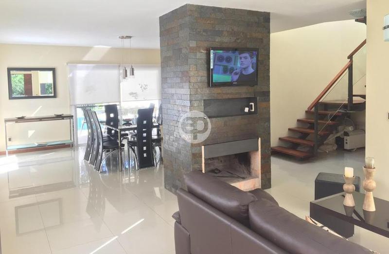 Casa en Punta Ballena Solanas. Punta For Sale 1284195