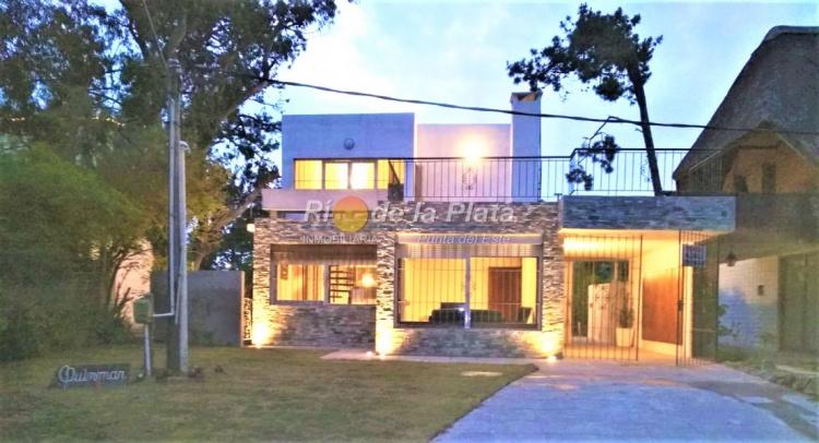 Casa en Punta Del Este. Punta For Sale 1465052