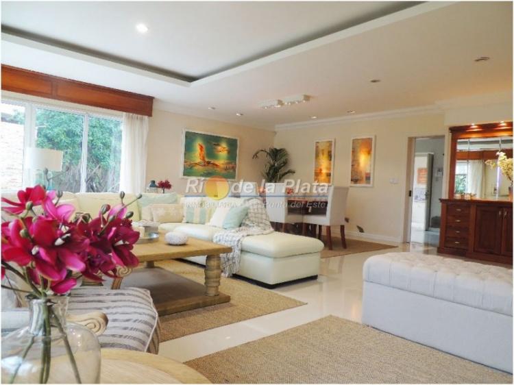 Casa en Punta Del Este Playa Mansa. Punta For Sale 1129153