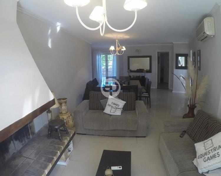 Departamento en Punta Del Este Cantegril. Punta For Sale 1302189
