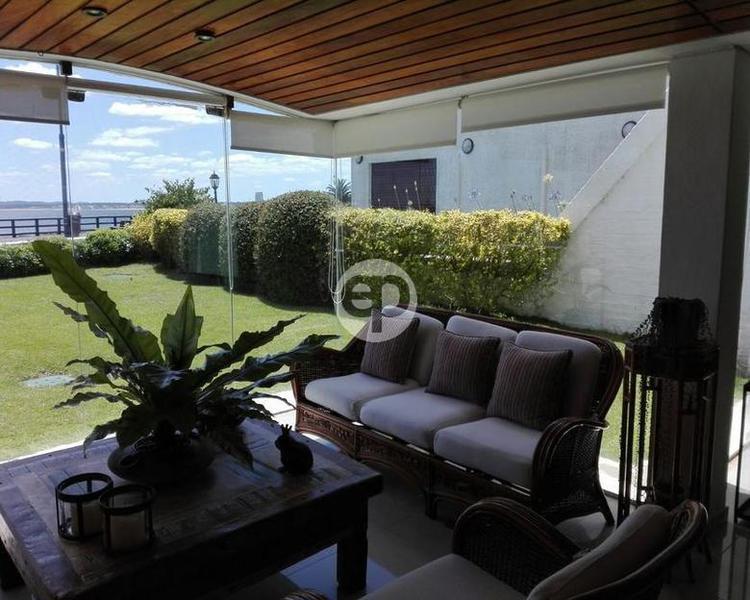 Departamento en Punta Del Este Península. Punta For Sale 1300070