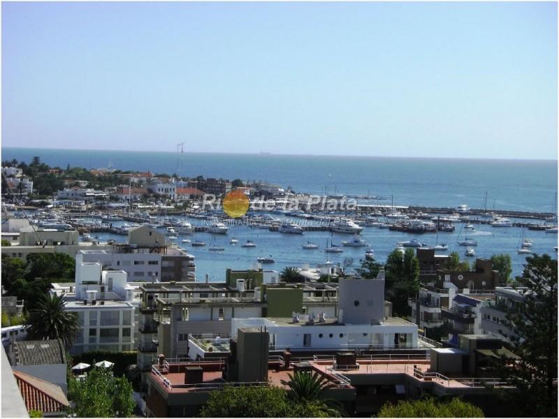 Departamento en Punta Del Este Península. Punta For Sale 1139296