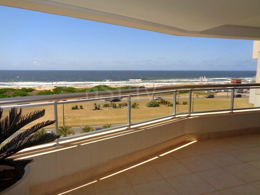 Departamento en Punta Del Este Playa Brava. Punta For Sale 505687