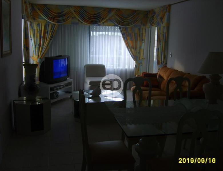 Departamento en Punta Del Este Playa Mansa. Punta For Sale 1300170