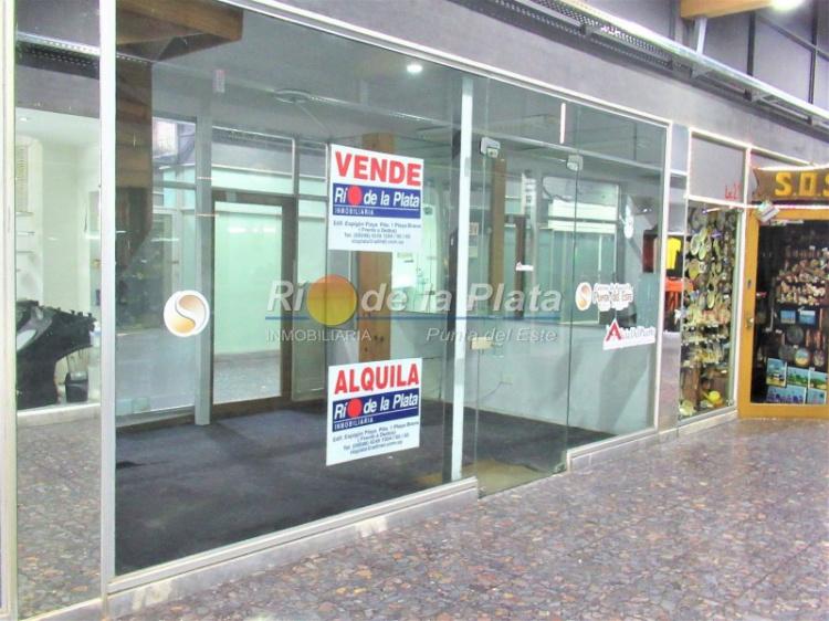 Local en Punta Del Este Península. Punta For Sale 1343851