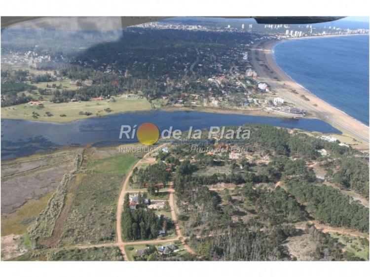 Terreno en Pinares Laguna del Diario. Punta For Sale 1344771