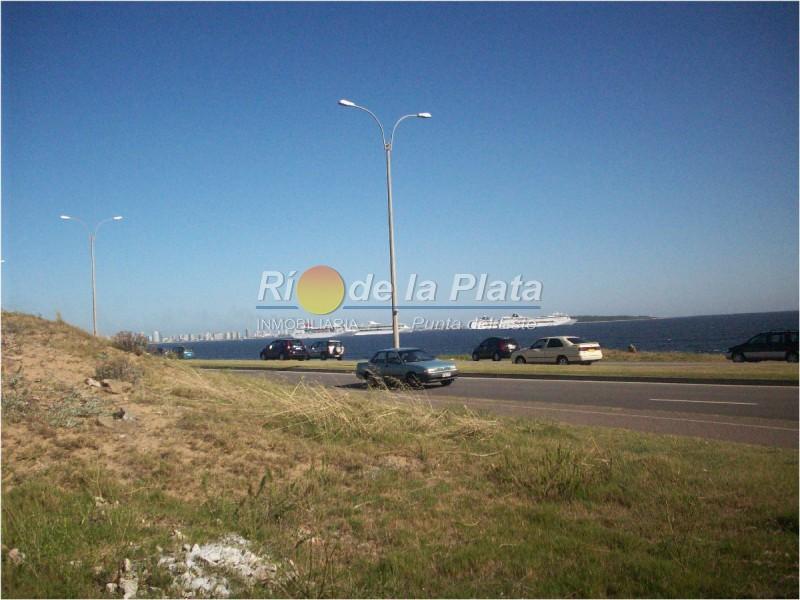 Terreno en Punta Del Este Playa Mansa. Punta For Sale 1344703